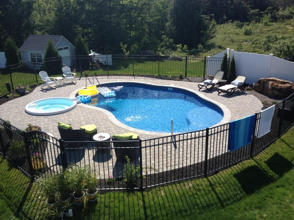 Custom Swimming Pool Designs in Windham NH